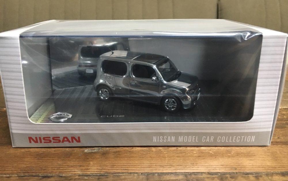 Nissan Cube Z12 Chrome 1/43 Size KWAM002114