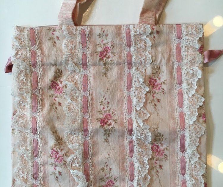 Cute Tote Bag at Melt Heart